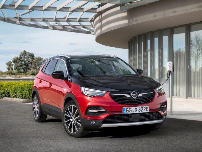 Plug-In-Hybrid mit Allradantrieb: Der neue Opel Grandland X Hybrid4