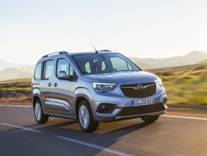 Kraftvoller Dreizylinder: Der Opel Combo Life mit dem neuen 1.2 Direct Injection Turbo Benziner