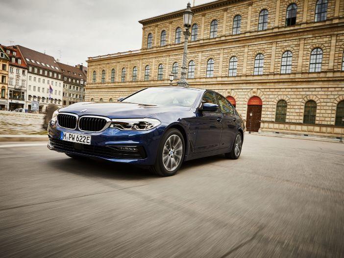 Plug-in-Hybrid mit erhöhter Elektro-Reichweite: Der neue BMW 530e