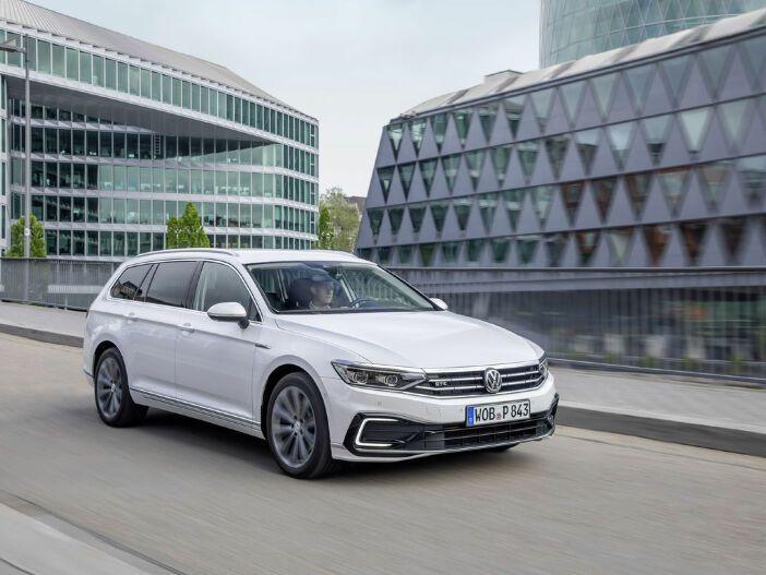 Plug-in-Hybrid als Kombi oder Limousine: Der neue VW Passat GTE