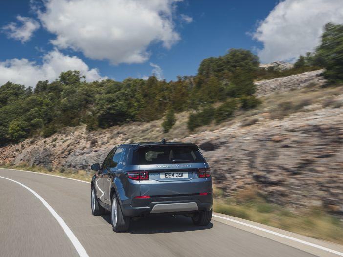 Modernisiert: Der neue Land Rover Discovery Sport