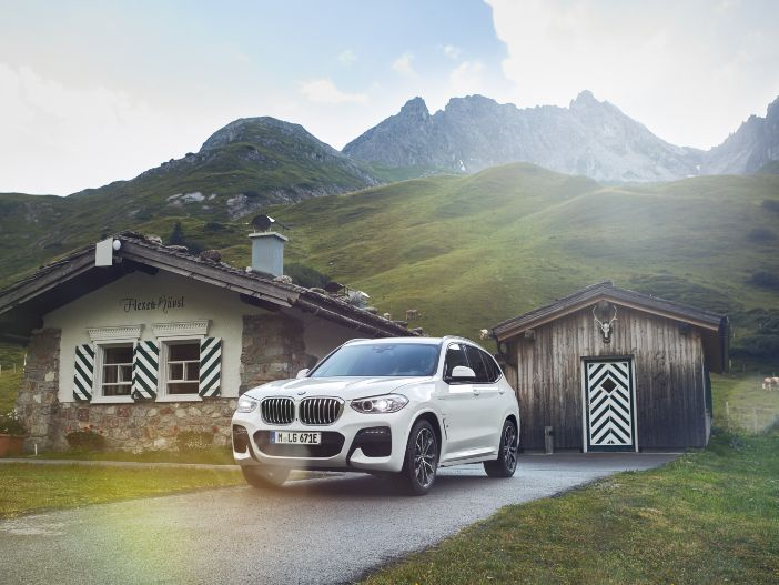 Effizient(er) SUV fahren: Der neue BMW X3 xDrive30e