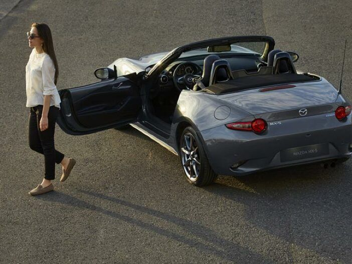 Auto Leasing - Basismodell und Selection: Der Mazda MX-5 für die neue Cabrio-Saison