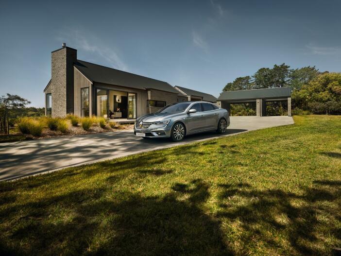 Teilautomatisiertes Fahren, neues Licht und mehr: Der aktualisierte Renault Talisman
