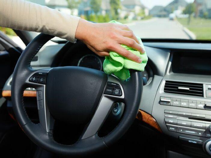 Schutz vor Corona-Infektionen: Durch richtige Reinigung auch im Auto vorbeugen