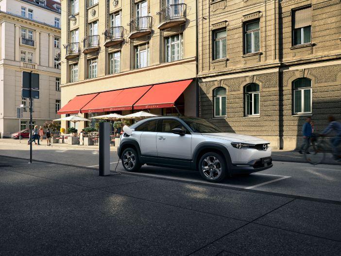 Das erste Elektroauto von Mazda: Der neue Mazda MX-30