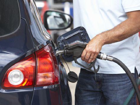 Benziner oder Diesel leasen?