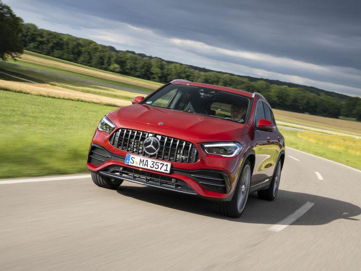 Kompakt-Sportler: Die neuen Mercedes-AMG GLA 35 4MATIC und Mercedes-AMG GLA 45 4MATIC+