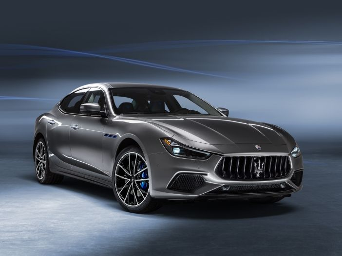 Effiziente Sportlimousine: Der neue Maserati Ghibli Hybrid