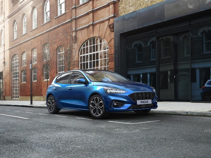 Auto Leasing - Effizienz in der Kompaktklasse: Der neue EcoBoost Hybrid Antrieb für den Ford Focus
