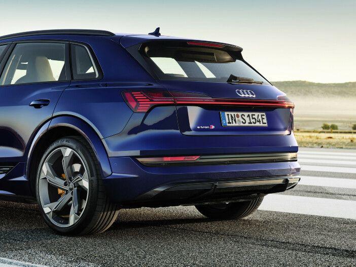 Leistungsstarke Elektroautos: Die neuen Audi e-tron S Modelle