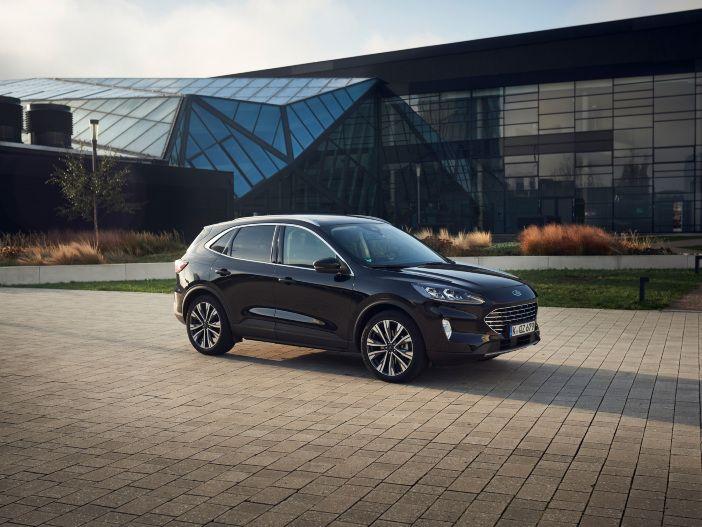 Auto Leasing - Keine Steckdose erforderlich: Der neue Ford Kuga Voll-Hybrid