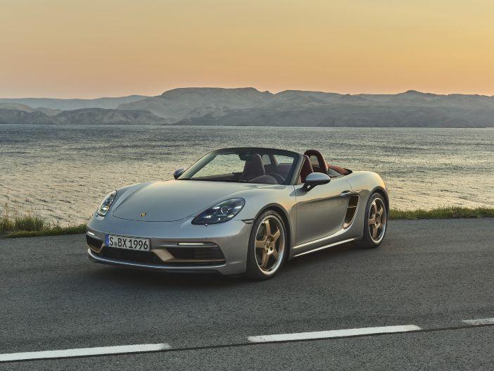 Auto Leasing - Eine angehende Roadster-Legende feiert Geburtstag: Der neue Porsche Boxster 25 Jahre