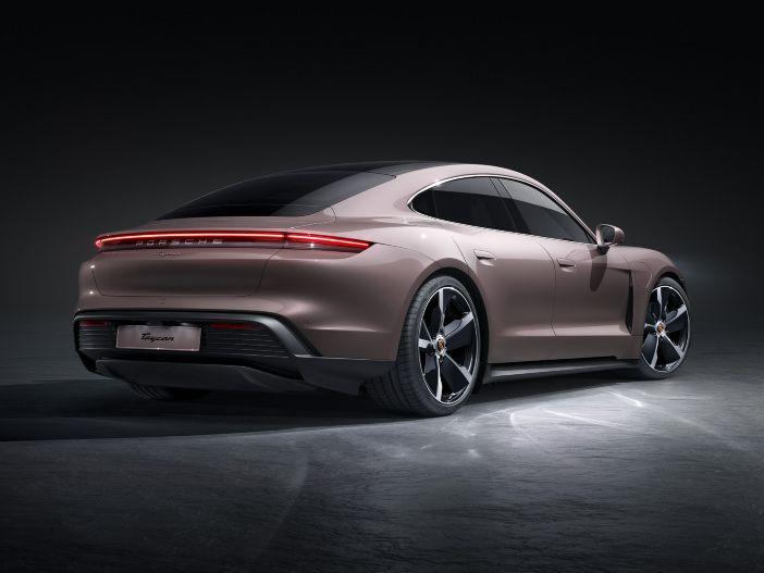 Auto Leasing - Basismodell für die Premiumklasse der Elektro-Sportwagen: Der neue Porsche Taycan