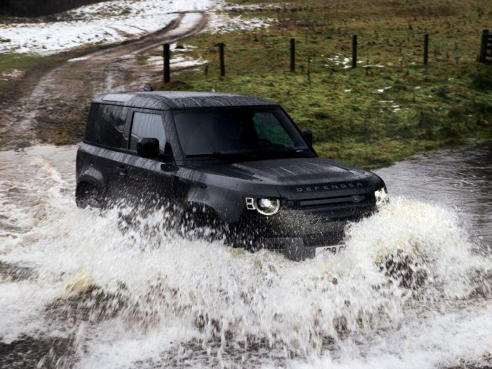 Auto Leasing - Power-Geländewagen: Der neue Land Rover Defender V8