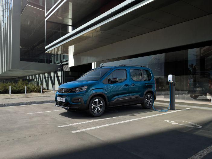 Auto Leasing - Hochdachkombi mit Elektromotor: Der neue Peugeot e-Rifter
