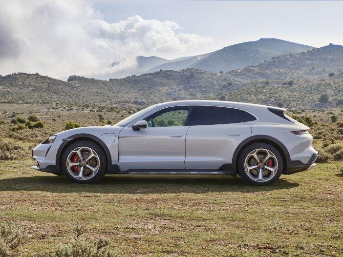 Auto Leasing - Elektroauto auf höchstem Niveau: Der neue Porsche Taycan Cross Turismo