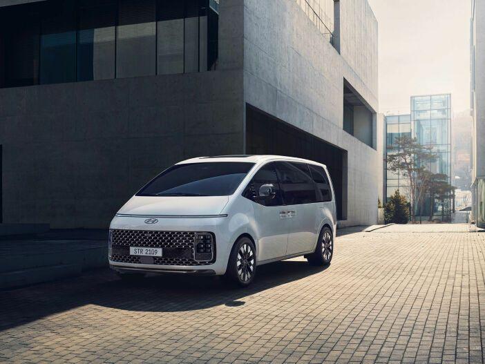 Auto Leasing - Van mit moderner Optik: Der neue Hyundai Staria