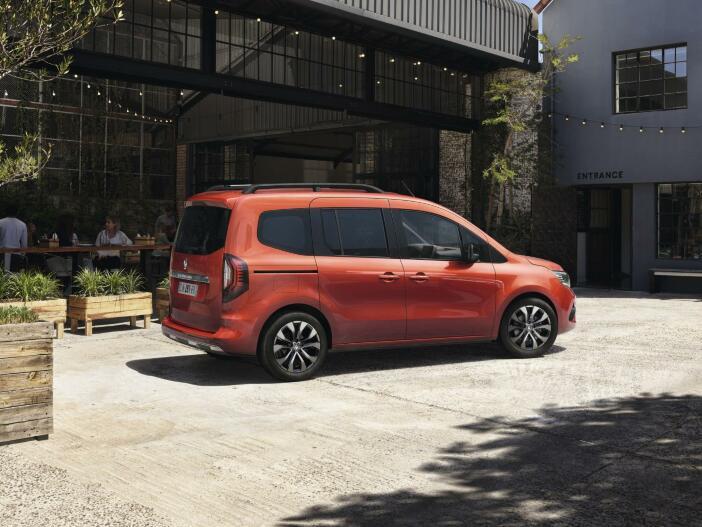 Auto Leasing - Als Edition One und Intens: Der neue Renault Kangoo startet durch
