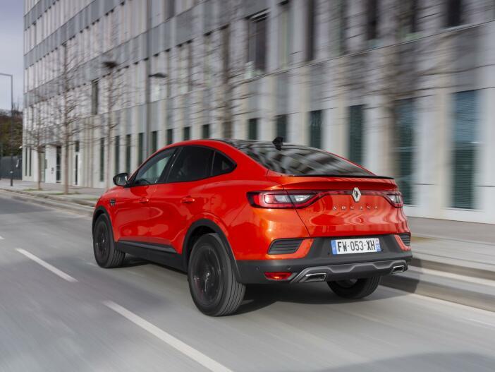 Auto Leasing - Crossover mit Vollhybrid: Der neue Renault Arkana E-Tech Hybrid 145