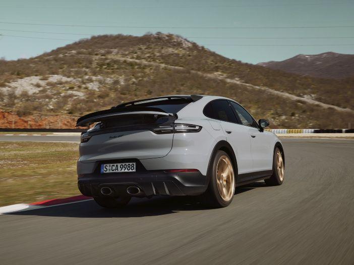 Auto Leasing - Der neue Porsche Cayenne Turbo GT