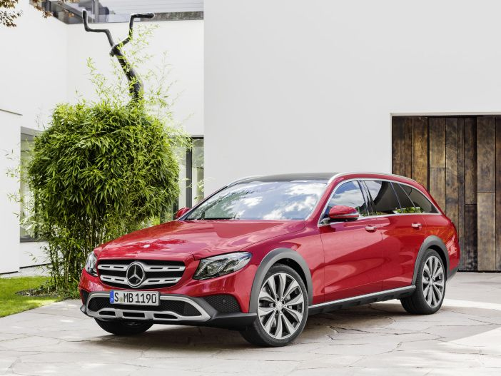 Die neue Mercedes-Benz E-Klasse All-Terrain