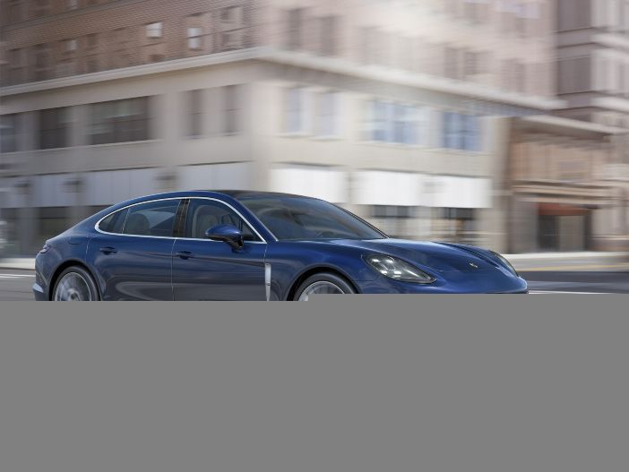 Porsche stellt weitere Modelle des Panamera vor