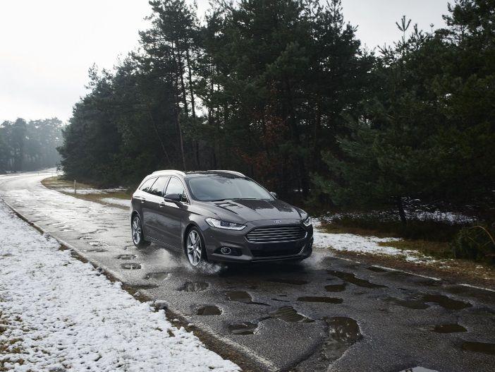 Sicher auch auf schlechten Straßen: Ford erkennt Schlaglöcher in Zukunft bereits vorab