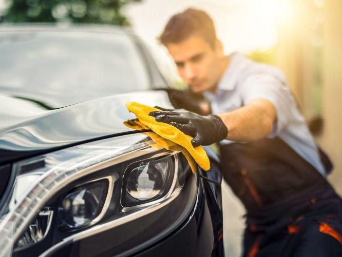 Auto Leasing - Fast wie neu: Das Auto aufbereiten lassen