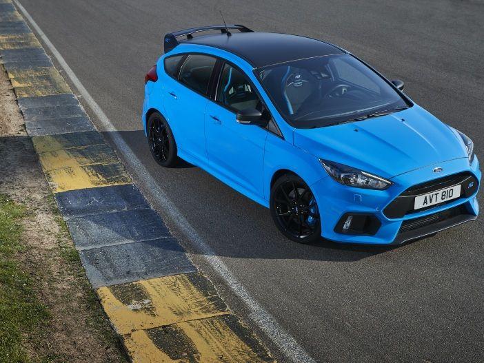 """Noch schneller durch die Kurve: Der neue Ford Focus RS """"Blue & Black"""""""