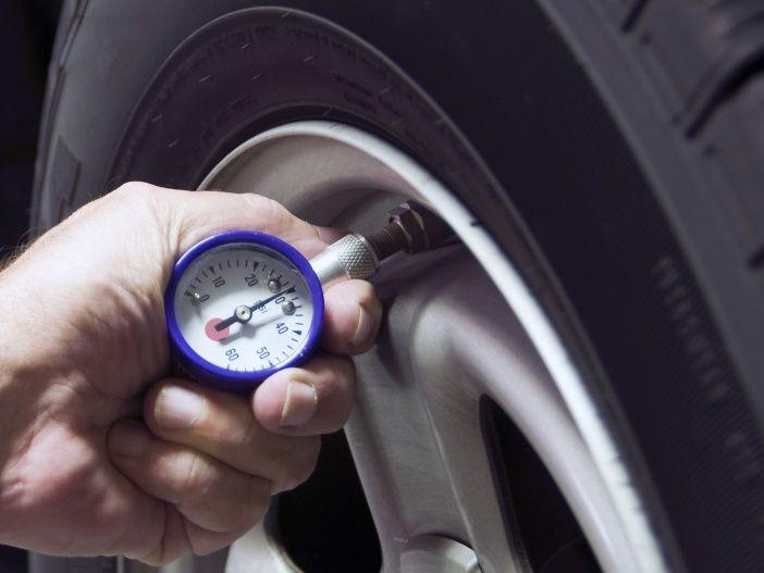 Wie wirkt sich der Reifendruck auf Verbrauch und Verschleiß aus?