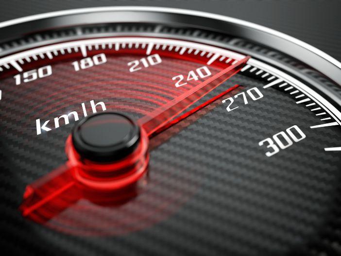 Elektronisch abgeregelt: Bei 250 km/h ist (meist) Schluss