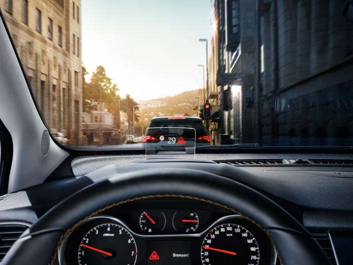 Kleine Helferlein sorgen für mehr Sicherheit: Neue Fahrassistenten im Opel Crossland X