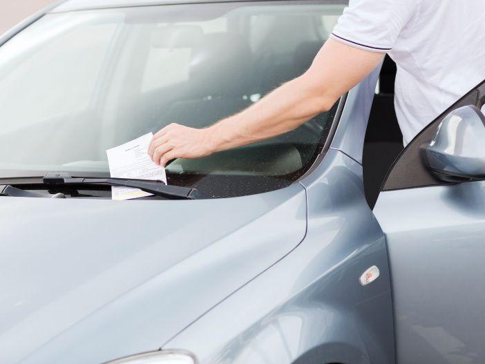 Falsch geparkt: Was kostet der Strafzettel?