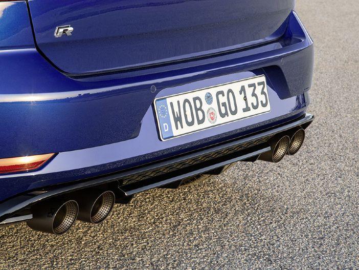 Heißer Klang und standfeste Bremsen: Neue Performance-Optionen für den VW Golf R