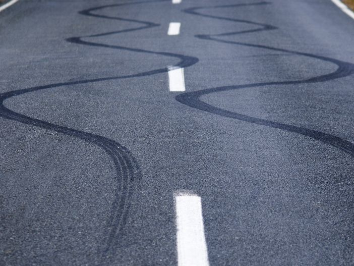 Schleuderschutz fürs Auto: So funktioniert ESP
