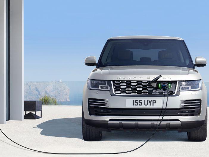 Tradition und Innovation: Der neue Range Rover mit Plug-in Hybrid-Antrieb