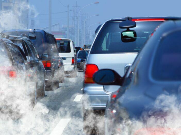 Rund ums Abgas: Aktuelle Schadstoffklassen für Autos