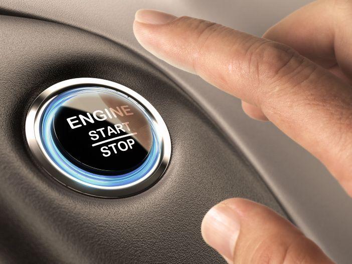 Hilft beim Spritsparen: Start-/Stopp-Automatik