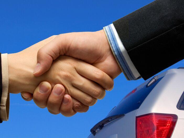 Das sollten Sie beachten, wenn Sie Ihr gebrauchtes Auto ins Ausland verkaufen