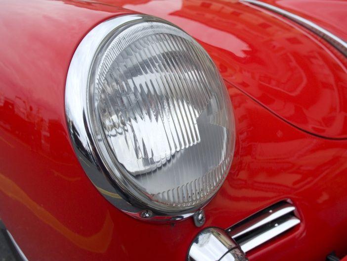 Auto Leasing - Wenn der Scheinwerfer undicht wird – Ursachen und Abhilfe