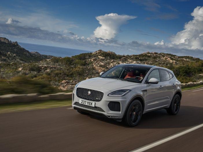 Details zu Motoren und Ausstattungen: Der Jaguar E-PACE ist da