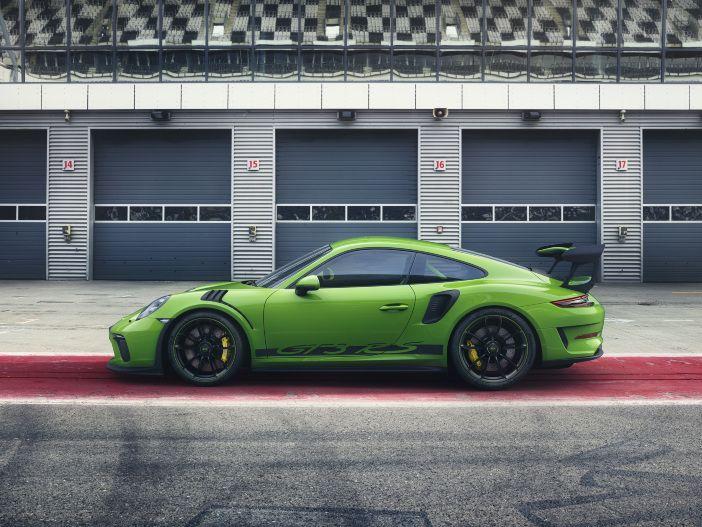 Auto Leasing - Ein Rennwagen für die Straße: Porsche präsentiert den neuen 911 GT3 RS