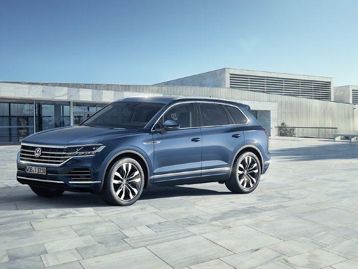 Effizienter V6 TDI zum Start: Der neue VW Touareg