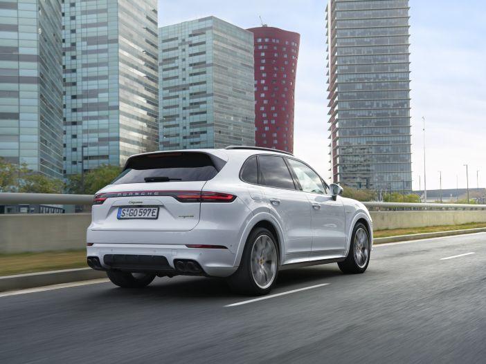 Kombinierte Power: Der neue Porsche Cayenne E-Hybrid