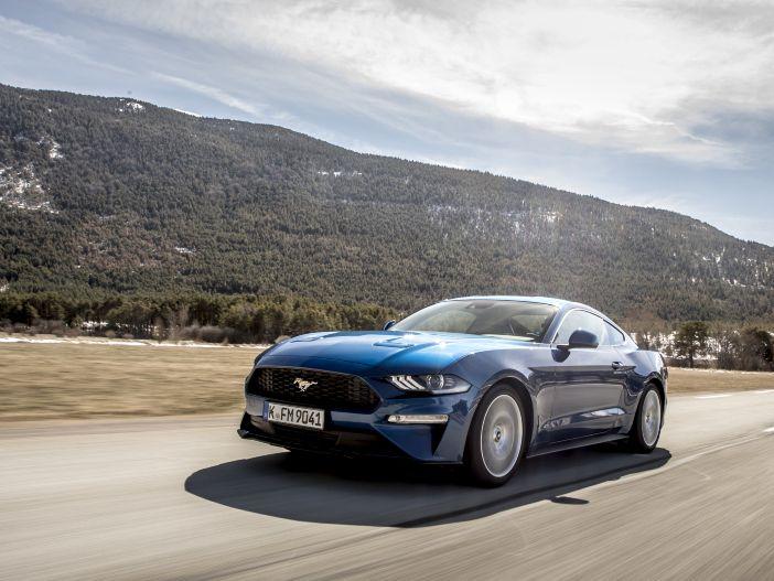 Cabrio und Coupé: Ford bietet weitere Optionen für den Mustang