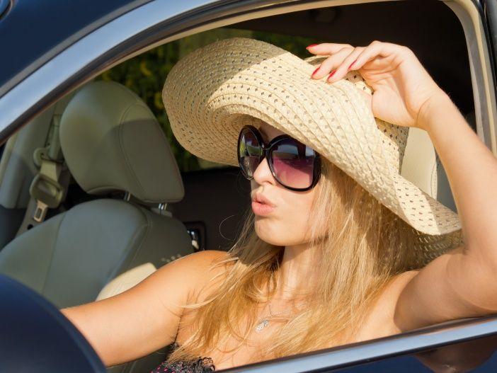30 Grad im Schatten: Die besten Tipps gegen die Sommerhitze im Auto