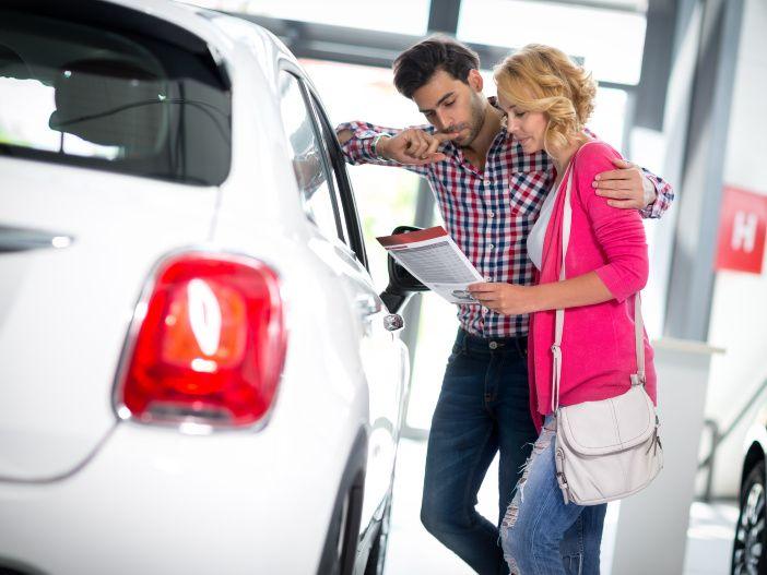 Die Motorenwahl beim Kleinwagen: Diesel oder Benziner?