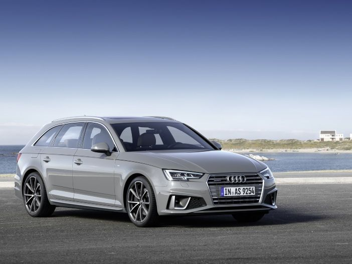 Optisch verfeinert: Audi A4 Limousine und Audi A4 Avant für das Modelljahr 2019