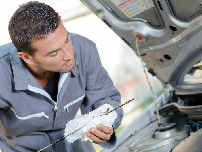 Regelmäßige Wartung des Autos: Die wichtigsten Schritte